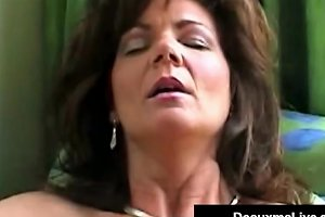 Smoking Hot Cougar Deauxma Bangs Her Cunt Ass With A Cigar