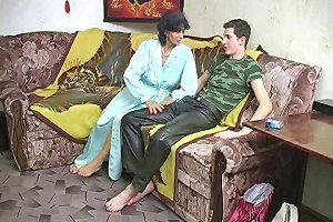 Mature And Young Cock 24 Free Mature Young Porn Video B5